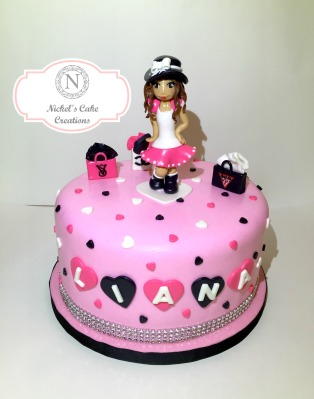 Custom Fashionista Cake