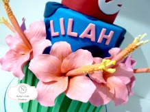 Gum Paste Flowers on Lilo & Stitch Cake