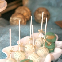 Cakepops. Photo credit to Majestic Moments Photography