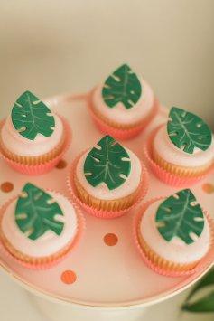 Moana Leaf Cupcakes